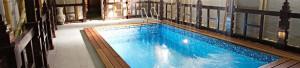 Монтаж теплого пола в бассейне